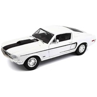 Maisto 1968 Ford Mustang GT Cobra Jet 1:18 Scale diecast model metal